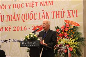 GS. TSKH Phạm Mạnh Hùng phát biểu