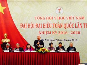 GS Phạm Mạnh Hùng phát biểu khai mạc