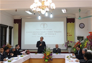 Đ/c Nguyễn Thiện Nhân thăm và chúc mừng nhân ngày Thầy thuốc Việt Nam